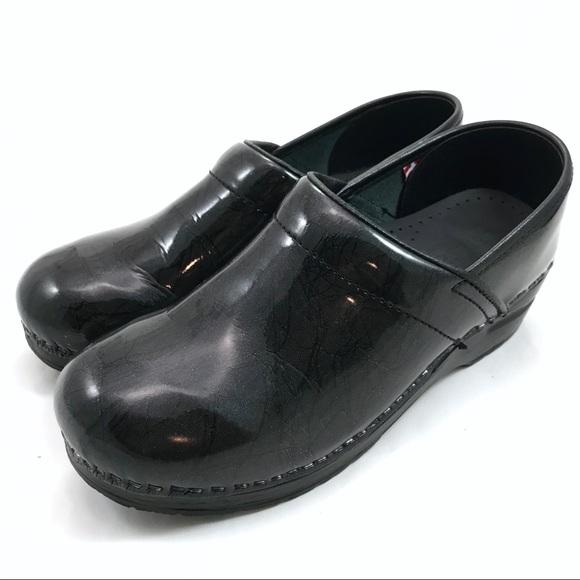 99764bfb823a5 Sanita Shoes   Eu 38 Danish Professional Nursing Clogs   Poshmark